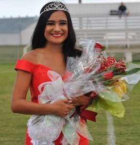 Candyce Neudorf Crowned 2017 Homecoming Queen